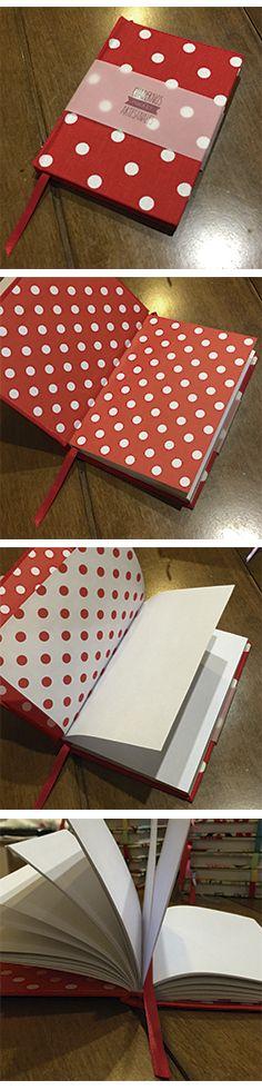 Cuaderno a lunares, cosido a mano, hojas lisas de 80gr y cinta señalador.