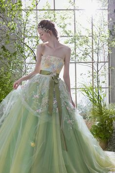 The Bridal Fashion Week for 2019 has come and gone, and it did not disappoint. If you love the classic style of Audrey Hepburn and other mid-century classic Green Wedding Dresses, Wedding Gowns, Ball Gown Dresses, Prom Dresses, Moda Lolita, Fantasy Dress, Beautiful Gowns, Dream Dress, Pretty Dresses
