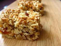 Müzli szelet recept képpel Healthy Homemade Snacks, Granola, Kitchen Dining, Food To Make, Caramel, Paleo, Food And Drink, Rice, Sweets
