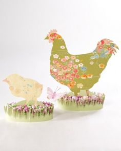 "See the ""Easter Fabric Silhouettes"" in our Easter Table Crafts and Favors gallery Hoppy Easter, Easter Bunny, Easter Eggs, Spring Crafts, Holiday Crafts, Easter Templates, Bunny Templates, Animal Templates, Easter Printables"