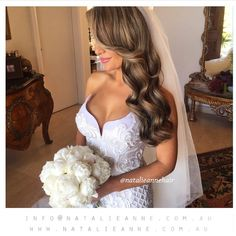 Soft waves bridal hairstyle by Natalie Anne Australia