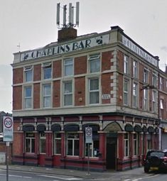 Chaplins Bar, Lodge Lane