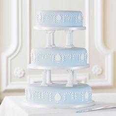 Imperial Oval Cake | Bettys