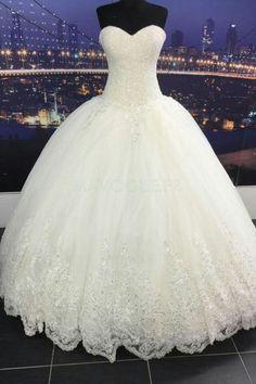 Robe de mariée sans bretelle lacets en satin cristal
