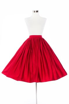 Pinup Couture Plus Size Jenny gathered full skirt with pockets in Red Sateen. | Pinup Girl Clothing