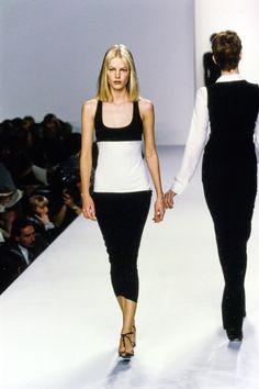 Calvin Klein Collection Spring 1996 Ready-to-Wear Fashion Show - Emma Balfour