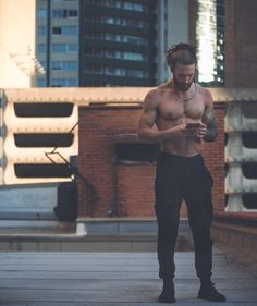 Fitness Male Hot Dudes Ideas For 2019 Handsome Men Quotes, Handsome Arab Men, Beautiful Women Quotes, Beautiful Tattoos For Women, Hair And Beard Styles, Long Hair Styles, Strong Woman Tattoos, Men With Tattoos, Men Quotes Funny