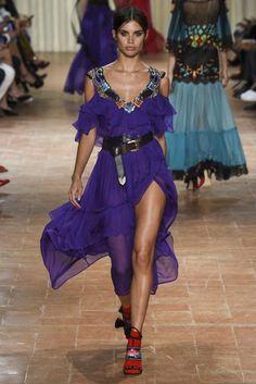 Alberta Ferretti Milan Spring/Summer 2017 Ready-To-Wear Collection | British Vogue