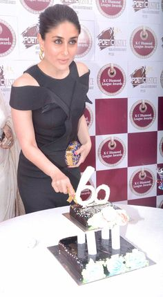 Kareena Kapoor Khan at KC College's diamond jubilee celebrations. #Bollywood #Fashion #Style #Beauty