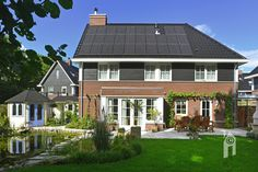 Zeer fraaie tuin Mansions, House Styles, Modern, Home Decor, Trendy Tree, Decoration Home, Room Decor, Fancy Houses, Mansion