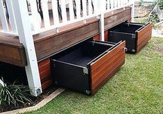 An economical and clever storage solution which transforms the unused space under your patio into a sturdy and functional drawer. Easily harmonized: cover its exterior with the same covering as your deck and it blends into your decor. Supports a spread ou Back Patio, Backyard Patio, Small Patio, Patio Decks, Pool Gazebo, Pool Decks, Spa Exterior, Under Deck Storage, Porch Storage