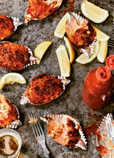 Deviled crab is one of the great traditions of the Lowcountry. Seafood Appetizers, Appetizer Recipes, Deviled Crab Recipe, Panko Bread Crumbs, Crab Recipes, Southern Recipes, Fish And Seafood, Tandoori Chicken