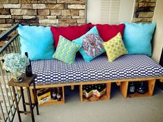 DIY Patio Furniture... Maybe add in a cooler somehow