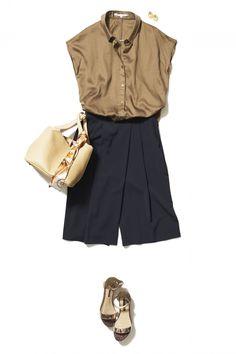 トレンドのネイビースカーチョでつくる!こなれ感のあるいい女スタイル ― A