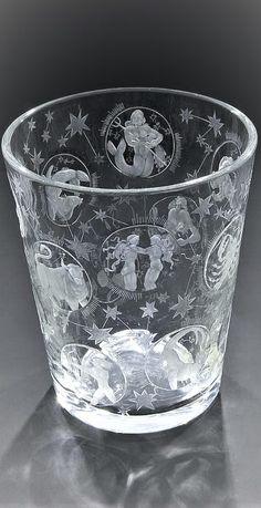 Vera Lisková (1924 - 1979) Bechervase 'Zodiac' Vase 'Zodiac' Czech Glass, Artist At Work, Zodiac, Vase, Vases, Horoscope, Jars