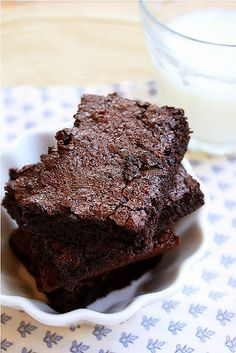 Simple and Quick Brownies  Yum! I added chocolate chips, too