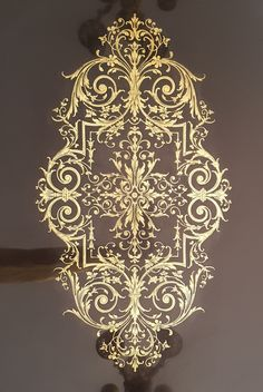 Decorative Plaster, Stencil Patterns, Gold Wood, Whimsical Art, Gravure, Ceiling Design, Islamic Art, Damask, Baroque