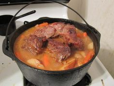 How To Cook Pot Roast In a Cast Iron Dutch Oven: Recipe Ingredients and Directions with Photo Review