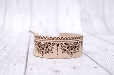 Leather bracelet for Woman //Cuff bracelet // Henna design leather bracelet // Pyrography art // Bracelet for her // Womens gift for her by Melifluo on Etsy