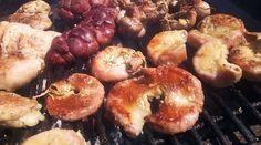 Parriillada de achuras a la provenzal diferente Comida Latina, Latin Food, Carne, Oreo, Shrimp, Muffin, Homemade, Meat, Breakfast