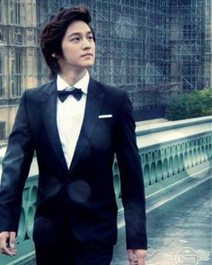 Kim bum for sure one of the cutest Asians ever!