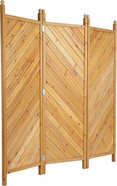 Neugier adé: der Paravant aus kompletten Massivholz ist nicht nur ein idealer Sicht-Schutz, sondern auch als Sonnen-Schutz und Wind-Schutz ideal.