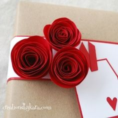 Pretty red paper roses for Valentine's Day!