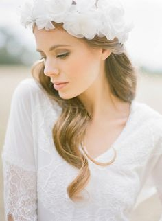 BELOVED silk flower bridal crown от percyhandmade на Etsy