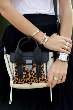 Cool-style. 3.1 Philip Lim leopard bag