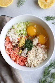 Salmon Recipes, Fish Recipes, Seafood Recipes, Cooking Recipes, Sauce Recipes, Chili Burger, Beef Burgers, Healthy Salmon Burgers, Salmon Burger Sauce
