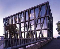 Centre Chorégraphique National, Aix en Provence, by Rudy Ricciotti.