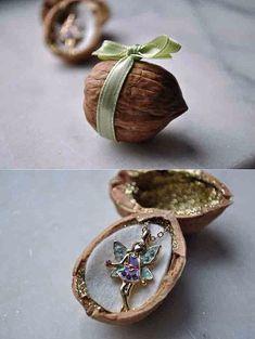 Как упаковать небольшое украшение