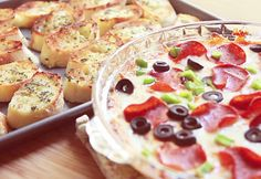 Easy Party Food Ideas | Party Food for Kids | Pizza Dip Recipe | DIY Projects and Crafts by DIY JOY at http://diyjoy.com/best-diy-party-food-ideas