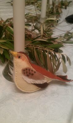 ✄ A Fondness for Felt ✄ DIY craft inspiration: autumn felt bird