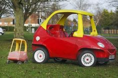 Me So Nerdy: Man Builds Full-Sized, Street Legal Little Tikes 'Cozy Coupe' Car