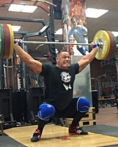I can't see who's holding this weight up, but he's a beast! Workout Pics, Gym Workouts, Wwe Superstar John Cena, Workout Routines For Beginners, Crossfit Gym, Wrestling Superstars, Beautiful Men Faces, Bodybuilding Motivation, Exercise