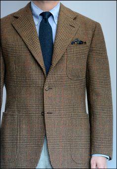 Featuring pattern that runs true. Tweed Jacket Men, Tweed Sport Coat, Tweed Run, Suit Jacket, Tweed Jackets, Mens Fashion Wear, Blazer Fashion, Men's Fashion, Fashion Design