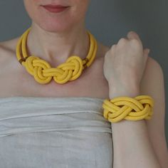 Mare Mia Conjunto de Collar y brazalete por OhMyHands en Etsy, €27.00 #accessories