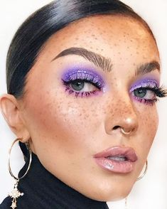 Purple AND glitter? Where do we sign? ✨🧾💜 creates this look using Party Monster Heavy Metal Glitter Gel // swipe and tap to… Makeup Goals, Makeup Inspo, Makeup Inspiration, Cute Makeup, Party Makeup, Heavy Metal, Colorful Eye Makeup, Metallic Eye Makeup, Magical Makeup