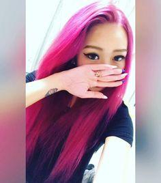 WEBSTA @ tgodtydolla - 念願の全頭ピンク!日本帰って来たらちゃんと戻すよʕʘ‿ʘʔ#redhair#pinkhair#ピンク#赤#fashionhaircolor#inspirehairstyles#manicpanic#selfcolor#マニパニ#マニックパニック#セルフカラー#ヘアカラー#ロングヘアー#cleorose#cottoncandy#クレオローズ#コットンキャンディー#longhair#rocknrollred#ロックンロールレッド#selfie#自撮り#セルフィー#メイク#化粧#tattoo#tattooedgirl #makeup#makeuplook#makeupmurah