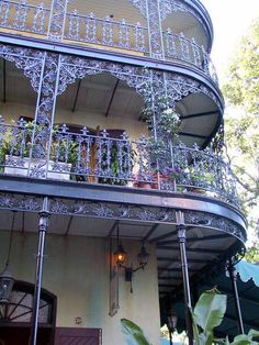 Beautiful close-up of the wrought-iron balconies that make the French Quarter so picturesque! New Orleans, Louisiana, USA Oh The Places You'll Go, Places To Visit, Tennessee, Puerto Rico, Iron Balcony, Tiny Balcony, New Orleans French Quarter, New Orleans Louisiana, Iron Work
