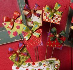Gift Box Stake Mini