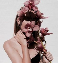 flowers, girl, and aesthetic image Photo Portrait, Portrait Photography, Fashion Photography, Photography Flowers, Makeup Photography, Foto Fashion, Girl Fashion, 90s Fashion, Photography