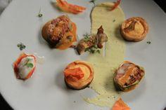 Kerrie-rolpens South African Recipes, Ethnic Recipes, Baked Potato, Baking, Kitchen, Food, Cooking, Bakken, Kitchens