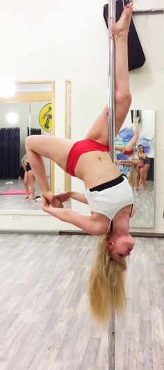 Pole Dance: workout time ~ inside Leg Hang variation ll Scorpio