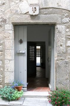 "Door color - Farrow & Ball ""Parma Grey"" - with oil-rubbed bronze hardware Farrow Ball, Parma, Modern Country Style, Country Charm, Cottage Door, Exterior Paint Colors, Paint Colours, Color Studies, Stone Houses"