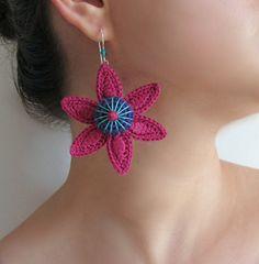 SEA STAR Cotton yarn crochet earrings magenta by GiadaCortellini, €23.00
