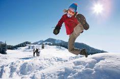 Tante le occasioni di divertimento sulla neve per famiglie a Polsa di Brentonico - nel Family Hotel La Betulla. Per consigli di vacanze sulla neve in famiglia: www.famlyhoteltrentino.it  #trentino #familyhoteltrentino #familyhotel #snow #hotellabetulla