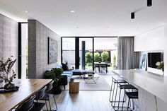 Image 16 of 23 from gallery of Masuto Residence / Jamison Architects. Photograph by Derek Swalwell Duplex Design, Modern House Design, Modern Interior Design, Melbourne Architecture, Architecture Design, Condo Furniture, Home Design Plans, Open Plan Living, Decoration