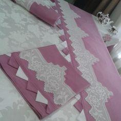 güle kullansınlar  #çeyiz #pike#dantel #piko#yastık #çarşaf #nervür#elemeğimkendimyaptım ##embroidery#bedspread #pillow #bedlinen #pikoborder#sunumduragi #instagram#instagood